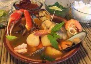 Caldo De Marisco Siete Mares Facil Y Rapida De Preparar Mexican Food Recipes Mexican Food Recipes Authentic Winter Soup Recipe
