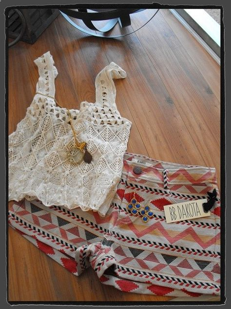 Crochet tank from LOVERS   FRIENDS, print shorts by BB Dakota, Gypset Honey necklace and earrings by KEP Designs!