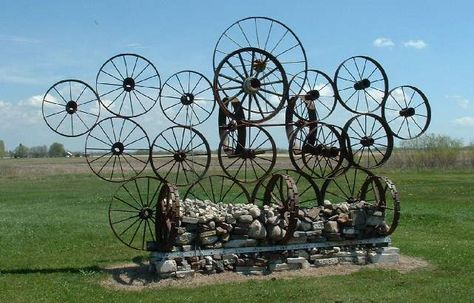 covered wagons on trails such as the Oregon Trail in the U.S.A.
