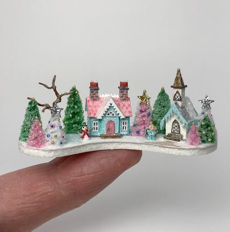 1:12 SCALE MINIATURE BOOK MERRY CHRISTMAS CURIOUS GEORGE  DOLLHOUSE SCALE