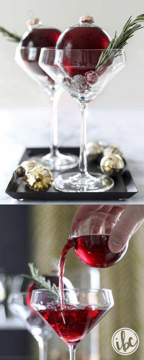 Very Merry Christmas Cocktail martini recipe (christmas party drinks)