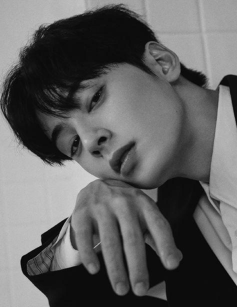 Park Jin Woo, Cha Eunwoo Astro, Korean Drama Best, Lee Dong Min, Handsome Korean Actors, Handsome Boys, Kpop Guys, Kdrama Actors, Korean Celebrities