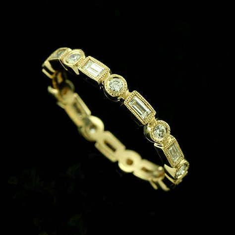 18k Yellow Gold Round Diamonds Baguette Milgrain Bezel by OroSpot