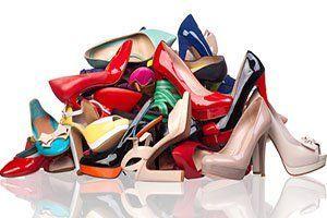 Zapatos Desordenados Búsqueda De Google Zapatos Usados Tienda De Zapatos Calzas