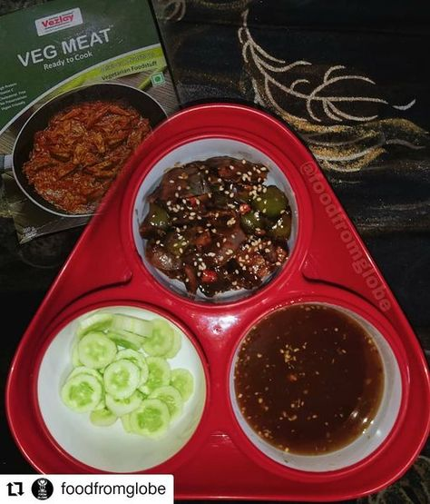 VEGETARIAN MEAT INDOCHINESE. World Food day and World Vegetarian Day were just around the corner. Got our hands on these awesome ready to make food @vezlayfoods What I have prepared here is using vegetarian meat, yes you heard it right. Prepared an indo Chinese version using this food. Recipe below :-- #fightagainstcorona #vegetarianism #vegetarian #vegan #plantbased #vegetarianfood #alternative #ipl2020