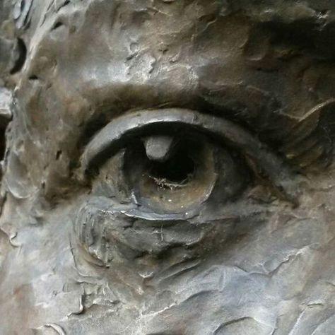 By Alexandrino Pereira da Silva in Female Face Sculpting wi