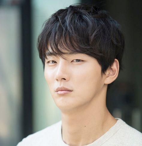 Yoon Si Yoon | Korean actors, Hot korean guys, Korean