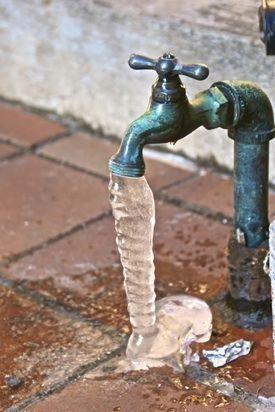 Plumbing Supply Store Near Me Plumbing Layout Plan Autocad David Grasty Plumbing 28786 Plumbing Snake Wickes In 2020 Diy Plumbing Frozen Pipes Home Maintenance