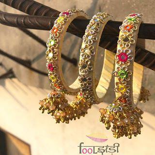 Fooljhadi (@fooljhadi) • Instagram photos and videos | Fresh flower  jewelry, Flower jewelry diy, Flower jewellery
