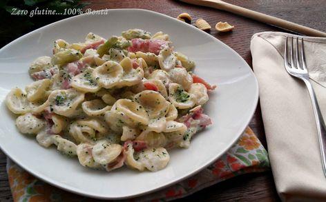 Orecchiette cremose con broccoli e prosciutto cotto