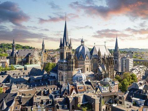 Poster oder Leinwandbild »David Engel: Aachen Panorama«