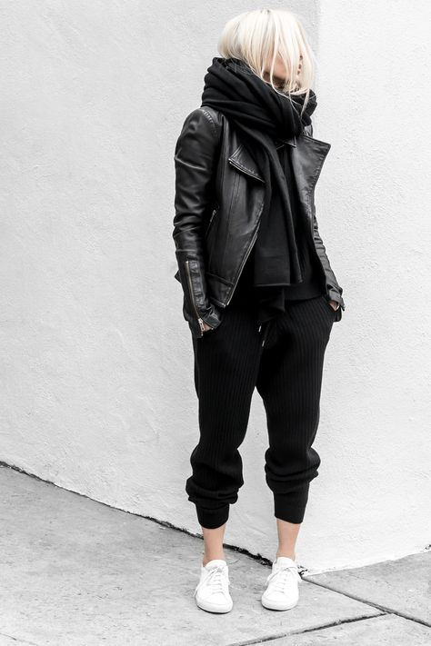 Sweatpant Outfit Ideas how to look chic while wearing sweatpants no really Sweatpant Outfit Ideas. Here is Sweatpant Outfit Ideas for you.