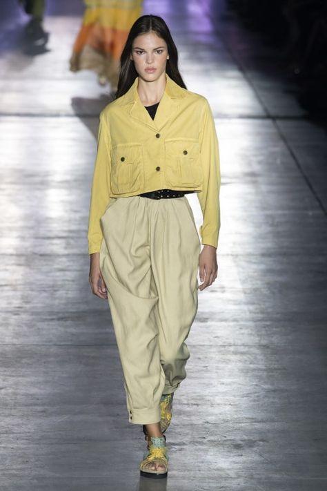 Alberta Ferretti Frühjahr 2019 Prêt-à-porter-Kollektion - Vogue