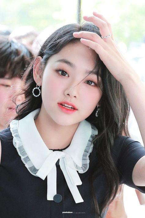 Pin Oleh K Pop Idols Di Peakaboo Hair Di 2020 Wanita Cantik Aktris Wanita