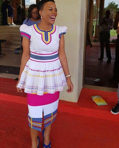Winnie Mashaba Outfits: @mkhabelasuzie Pinterest Pin ♫ Sepedi Traditional Wedding