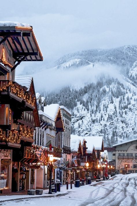 Dream Vacations, Vacation Spots, Vacation Ideas, Solo Vacation, Best Winter Vacations, Family Vacation Destinations, Vacation Pictures, Vacation Travel, Christmas Town