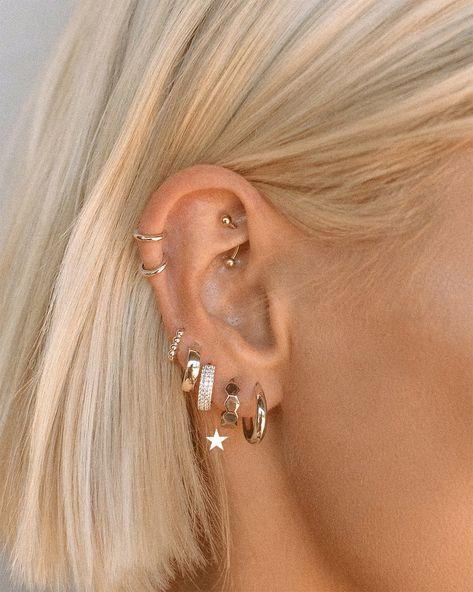 No Piercing - 4 Different Ways Clip On Hoop Earring - Helix - Tragus - Upper Lobe - Earlobe - Rim - Concho - Ear Cuff - Loop - Jewelry - Custom Jewelry Ideas Innenohr Piercing, Piercing Chart, Ear Piercings Tragus, Ear Piercings Chart, Rook Piercing Jewelry, Tongue Piercings, Body Piercings, Triple Cartilage Piercing, Orbital Piercing