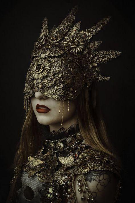 By Laura Sheridan - Fine Art, Portrait & Fashion - Based in Antwerp, Belgium