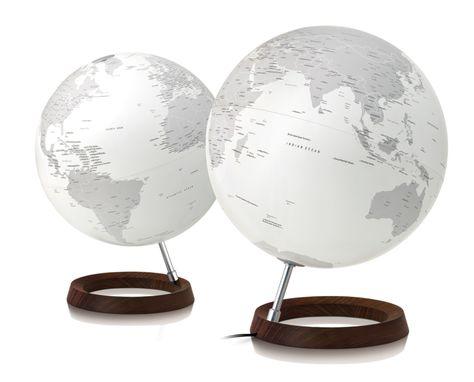 Atmosphere Full Circle Reflection Globe