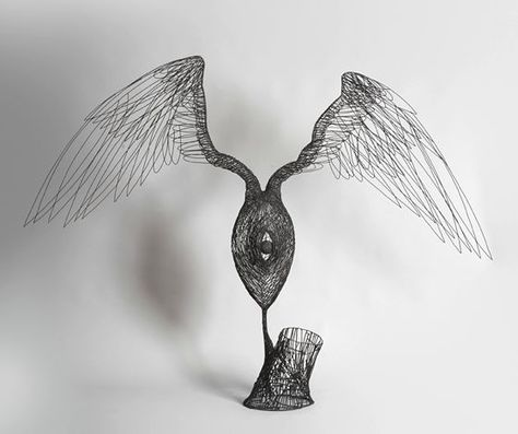 patternprints journal: BEAUTIFUL SCULPTURES WITH IRON WIRE BY GLENN MURRAY