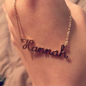 Infinite Memories 925 Sterling Silver Hannah Name Necklace Personalized Name Plate Customize Flower Pendant