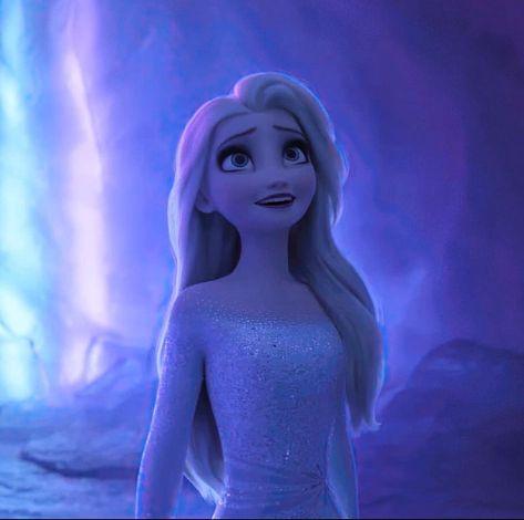 "Disney✨ | Frozen❄️ on Instagram: ""I can't get enough of this change😍 • • •  #frozen2 #frozen #disney #princessanna #queenelsa #arendelle #kristoff #icepower #olaf…"""