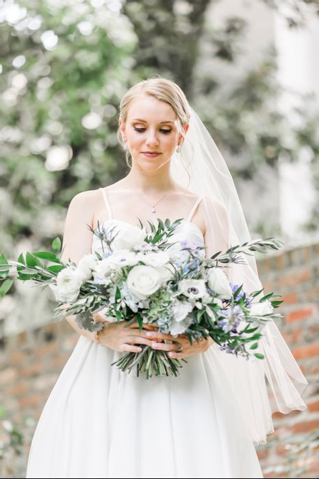 Alex And Kelsey S Wedding In Knoxville Tennessee Wedding Rustic Wedding Bouquet Wedding Bridal Bouquets