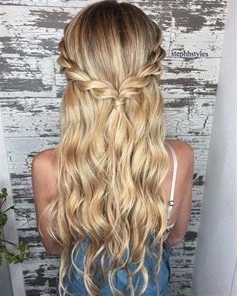 Prom Hoco Mit Bildern Frisuren Einfache Frisuren Fur Langes