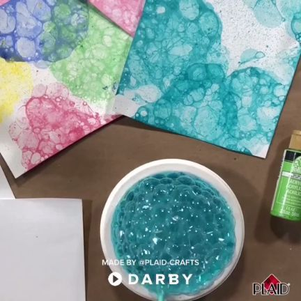Create super fun bubble art with your kids. Just need paint, dish soap and water! #darbysmart #diy #diyprojects #diyideas #diycrafts #easydiy #artsandcrafts #art #kidscrafting