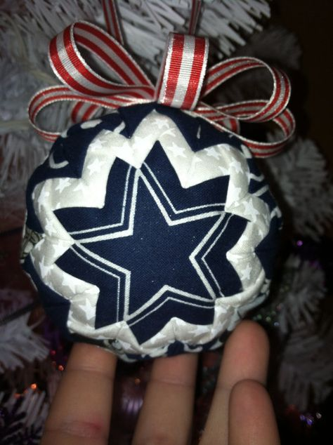 Dallas Cowboys quilted ornament by JLWTreasures on Etsy, $18.00