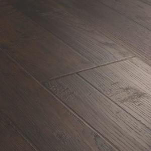 Pergo Outlast Waterproof Mainland Brown Hickory 10 Mm T X 7 48 In W X 47 24 In L Laminate Flooring 1079 65 Sq Ft Pallet Lf000957p The Home Depot Pergo Outlast Laminate Flooring Flooring