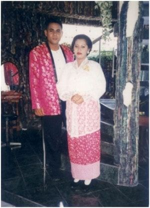 Gambar Baju Adat Maluku Utara