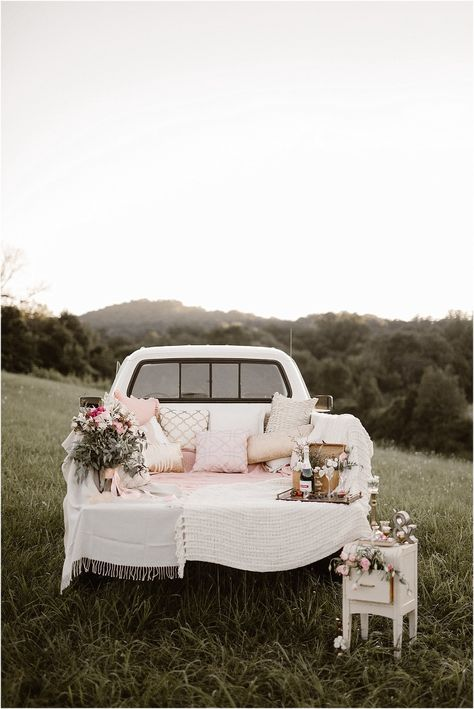 Vintage Inspired Knoxville Vow Renewal by Erin Morrison Photography Wedding Vows, Rustic Wedding, Wedding Venues, Dream Wedding, Wedding Car Deco, Wedding Anniversary Photos, Wedding Proposals, Flower Decorations, Wedding Decorations