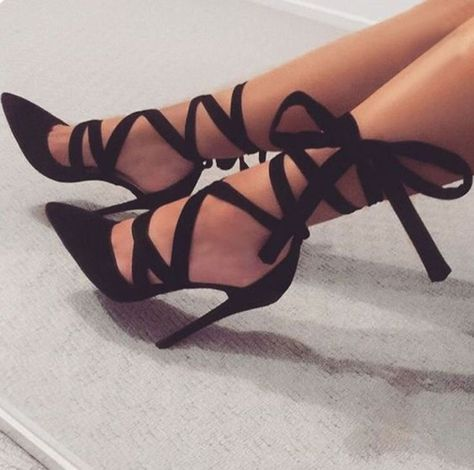 Riemen Schnürschuhe Spitzschuh Stiletto High Heels Party ... ,  #heels #party #... -  Riemen Schnürschuhe Spitzschuh Stiletto High Heels Party … ,  #heels #party #riemen #schnurschuhe #spitzschuh   - #heels #heelsprom #High #Party #Riemen #Schnürschuhe #Spitzschuh #Stiletto