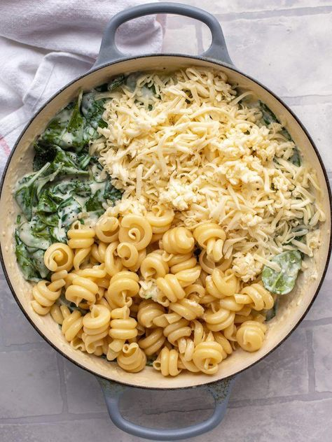 Spinach Mac and Cheese - Creamed Spinach Mac and Cheese