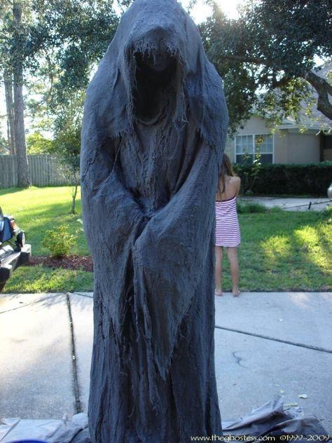 Diy Pvc Monster Mud Reaper Ghost Halloween Decor Tutorial Halloween Props Diy Outdoor Halloween Halloween Diy