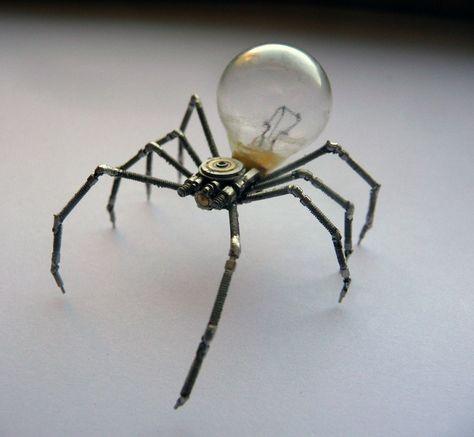Mechanical arachnid sculpture Steampunk spider by amechanicalmind Steampunk Kunst, Steampunk Lamp, Steampunk Gadgets, Steampunk Cosplay, Sculpture Metal, Art Sculptures, Arte Robot, Creation Art, Scrap Metal Art