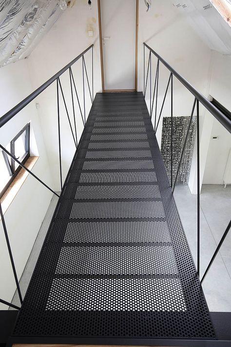 Custom stairs Chicago, Modern Staircase design Chicago, Custom Stair