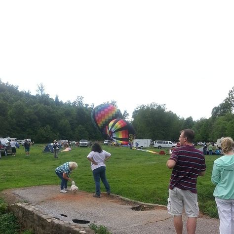 2014 Helen Balloon Race, Helen, GA. Weather is not cooperating, takeoff doesn't look good!