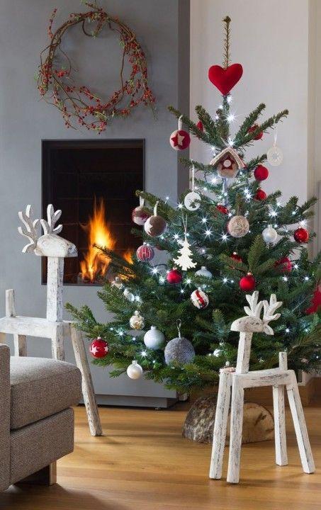 Alberi Di Natale Belli.Sapins De Noel Le Top 13 Des Plus Originaux Alberi Di Natale Rosso Idee Per L Albero Di Natale Tradizioni Natalizie