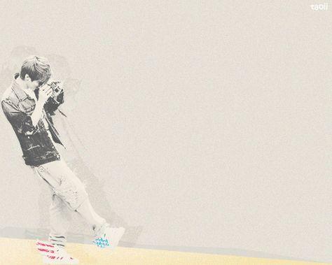 Hasil Gambar Untuk Wallpaper Ppt Tema Bts Luhan Chill