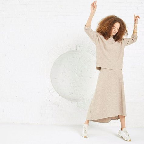 This fall, our editors are focusing on easy, versatile pieces that make dressing for the transitional weather and all the exciting autumn festivities a breeze. You don't have to choose, embrace both neutrals and vibrant hues for the new season. The anticipated Fall 2021 collection from buzzy brand @nicandzoe will satisfy all your style cravings. Shop our editors' favorite looks featuring cozy essentials in elevated color palettes and luxe fabrications.
