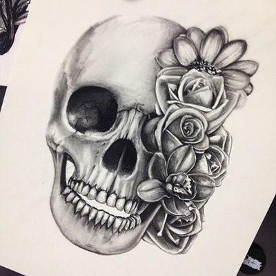 9 skull and roses  Tumblr  Tattoos  Pinterest  Skull sketch