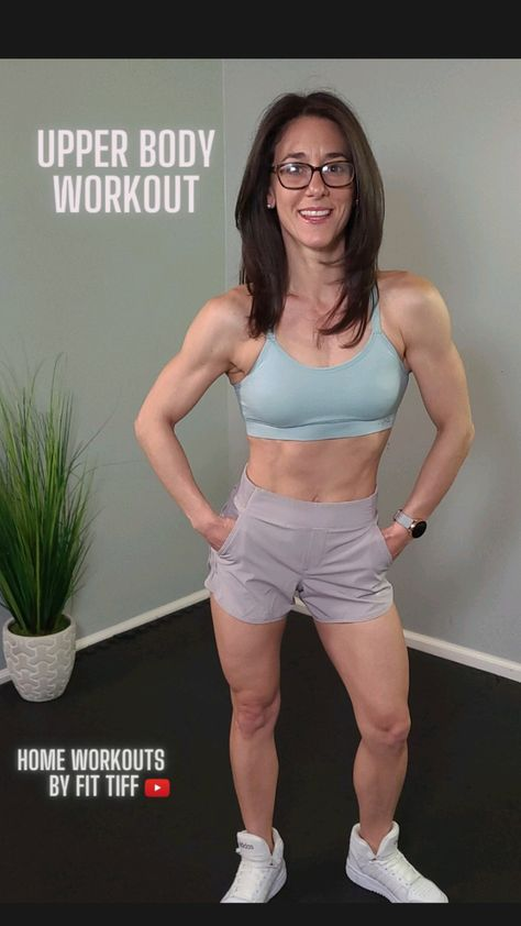 Build muscle and strength in your upper body with this arm workout with weights