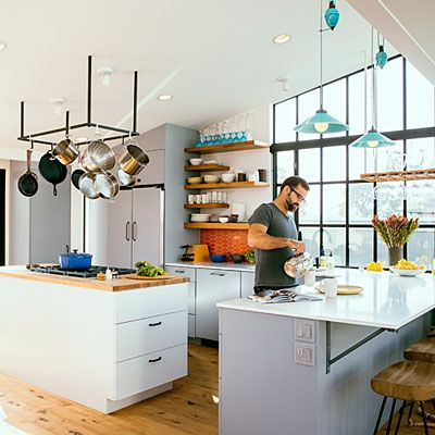 Small kitchen design ideas from a houseboat