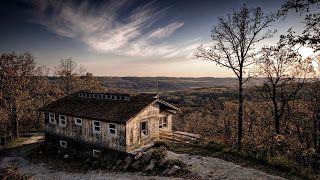 افضل خلفيات للكمبيوتر ويندوز 10 Best Wallpapers Windows House In Nature Old Farm Houses Old Houses