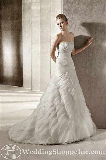 Pronovias Bridal Gown Jano - Visit Wedding Shoppe Inc. for designer bridal gowns, bridesmaid dresses, and much more at http://www.weddingshoppeinc.com