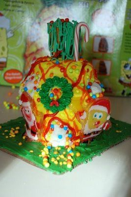 my daughter wants me to turn thsis spongebob gingerbread house into a cake and make valentine. ?????
