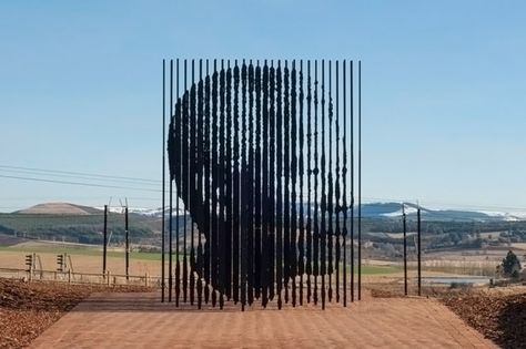 nelson mandela monument by marco cianfanelli located in Howick near Durban