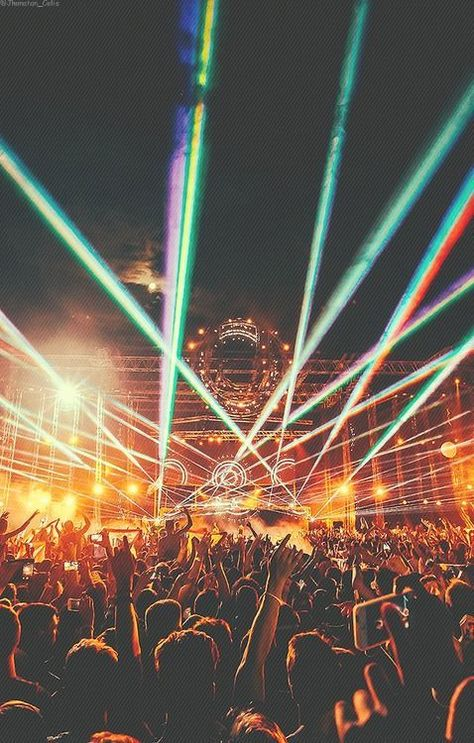 out this list of must attend festivals this year, who said festival season has to end!Check out this list of must attend festivals this year, who said festival season has to end! Dance Music, Edm Music, Techno Music, Festival Photography, Concert Photography, Photography Tips, Photo Wall Collage, Picture Wall, Music Aesthetic